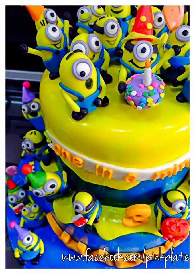 customized minions birthday cake