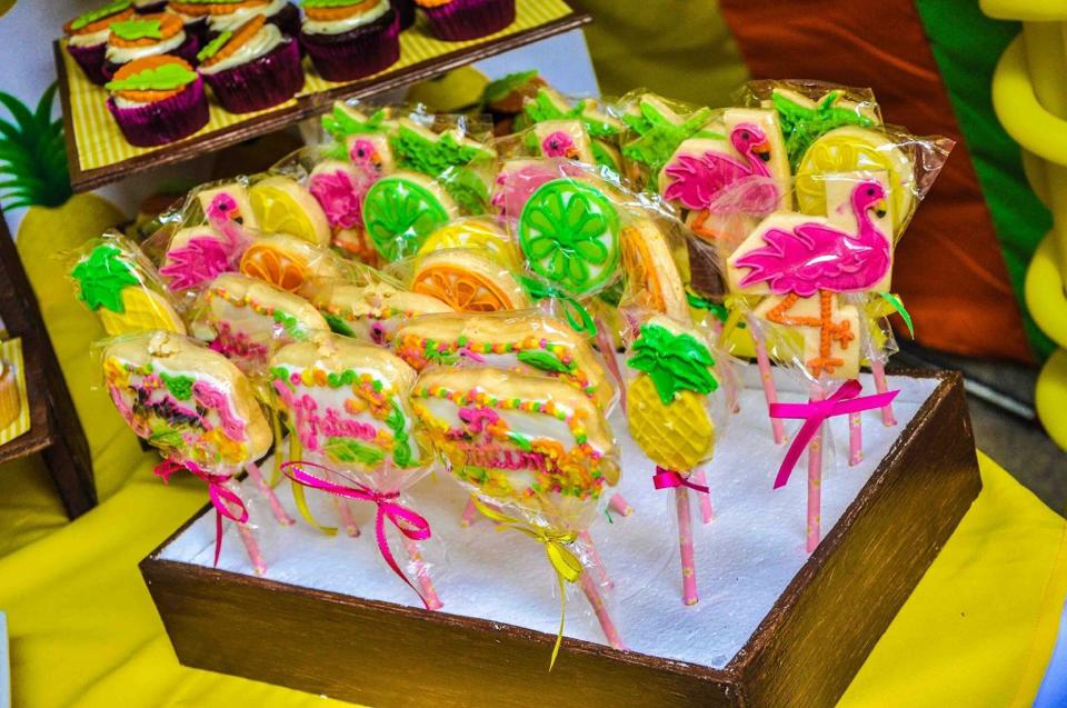 Flamingo themed cookies for Fatima's first birthday. Photo courtesy of Carissa Teves.