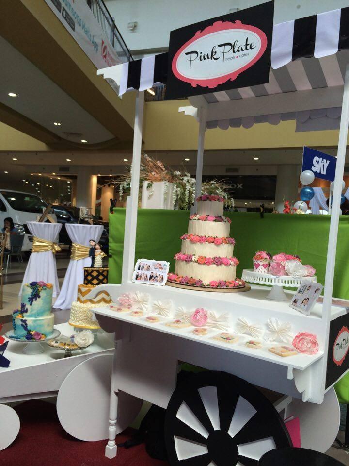 display cake cart
